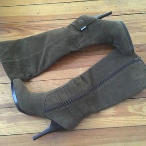 Worthington suede boots
